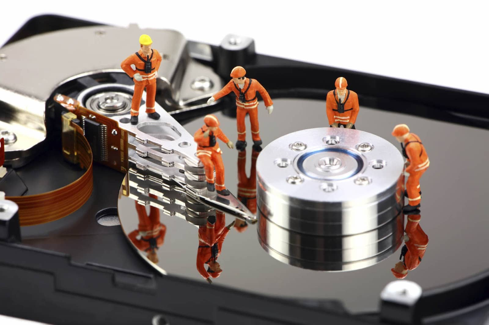 The Factors And Facilities Associated With The File Backup Technology
