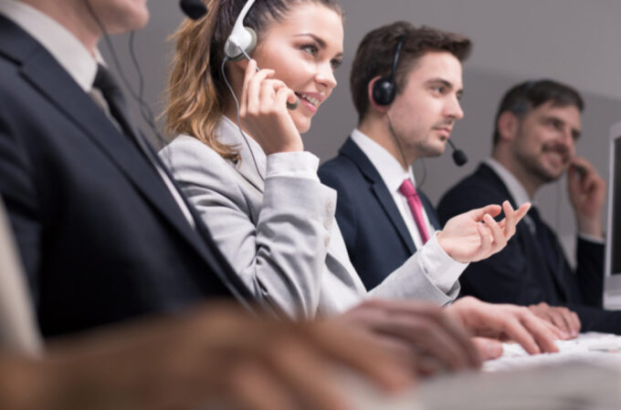 Difference between a call centre and a contact centre